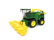Big Farm John Deere 8600 Self Propelled Forage Harvestor